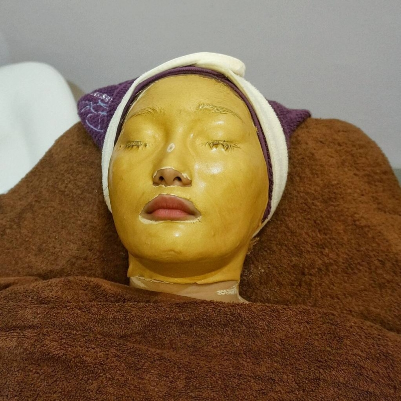 Gallery Facial Gold Before After